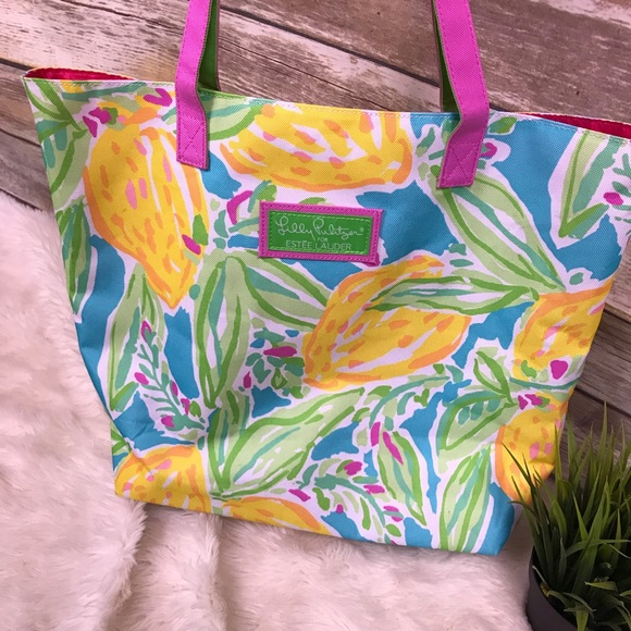 Lilly Pulitzer Handbags - Lilly Pulitzer Floral Beach Tote Bag  Estee